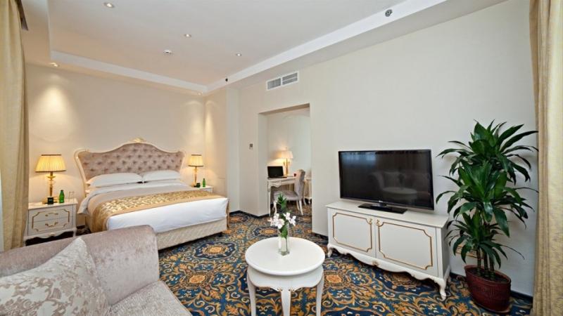 Комфортный студио с большой двухместной кроватью в гостинице Альянс Гринвуд